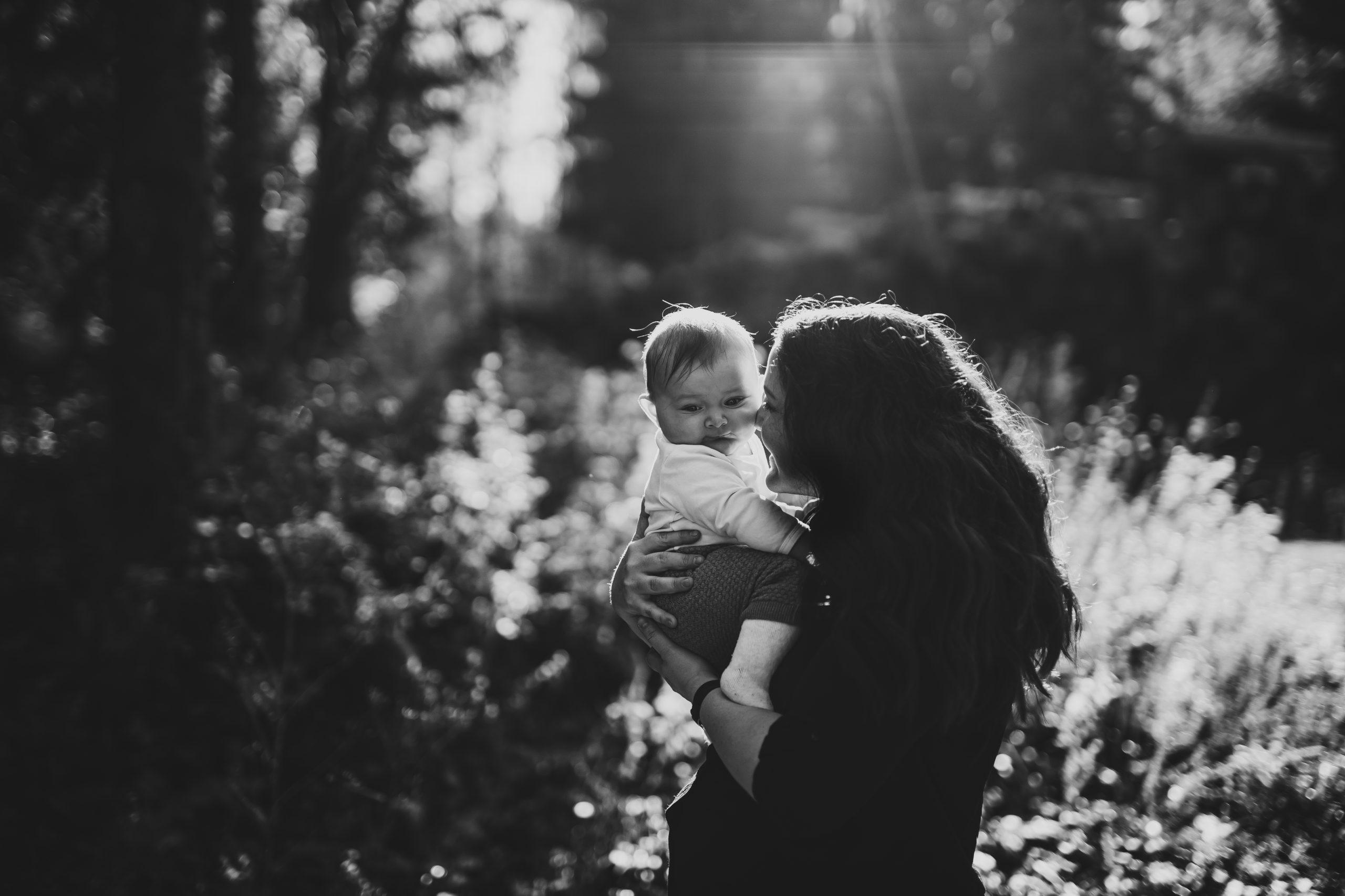 Natur Fotografie, Fotoshooting in der Natur, Neugeborenen Shooting, Babyfotograf, Babyfotografin, Babybauchshooting, babyfotografin, schwangerschaftsfotografie, schweiz, niederbipp, Belly, Fotoshooting, schwangerschaftsshooting Detail Fotografie, Newborn Fotografin,Babybauchshooting, Schwangerschaftsshooting, Babyfotografin, Fotografin, Babybauch Fotografie, Fotostudio Baby, Kinderfotografie, Kinderfotografien, Kinderfotoshooting, Kinder Fotostudio, Familienfotografin, Familienfotoshooting, Familien Fotostudio, Outdoor Fotoshooting, Baby, Babybauch, Schwangerschaft, Erinnerungen für die Ewigkeit, Solothurn, Niederbipp, Zürich, Bern, Aarau, Aargau, Oberaargau, Luzern, Langenthal, Basel, Oberland, Natürliche Fotografie, Pure Fotografie, Neugeborenenshooting natürlich, Newbornshooting natürlich, natürliche Babybilder, Babyfotograf natürliche Bilder, natürliche Babyfotos, natürliche Babyfotografie, natürliche, emotional, pur, schlicht, Familienbilder, Familienfotografie, Familienfotografin, Kinderfotografin, Kinderfotografie